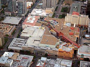 Westfield Horton Plaza - Image: Horton Plaza By Phil Konstantin