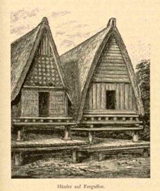 Fergusson Island - Image: Houses on Fergusson Island