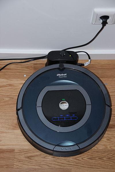 File:IRobot Roomba 785 01 (fcm).jpg