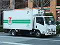 ISUZU ELF, 6th Gen, 7-Eleven, NGV-Vehicle.jpg