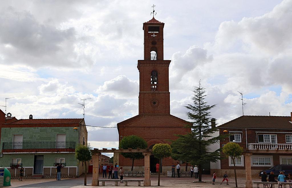 Iglesia de Santa María de Duero y aledaños