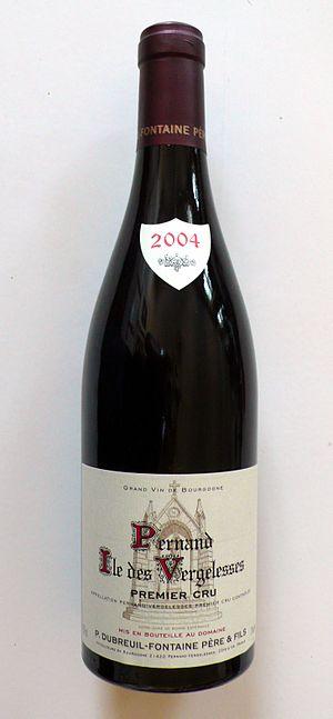 Pernand-Vergelesses wine - A bottle of Pernand-Vergelesses wine from the Premier Cru vineyard Île de Vergelesses.
