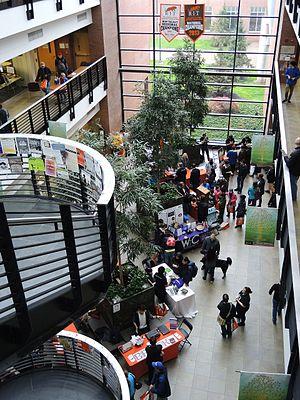 B. Thomas Golisano College of Computing and Information Sciences - Image: Imagine RIT2017Golisano College Atrium