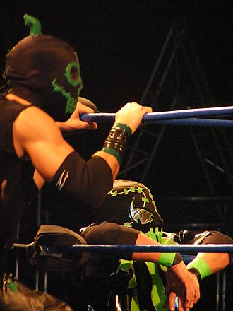 Frightmare (wrestler) - Hallowicked and Frightmare in May 2009