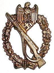 Infanterie-Sturmabzeichen in Bronze (Kopie).jpg