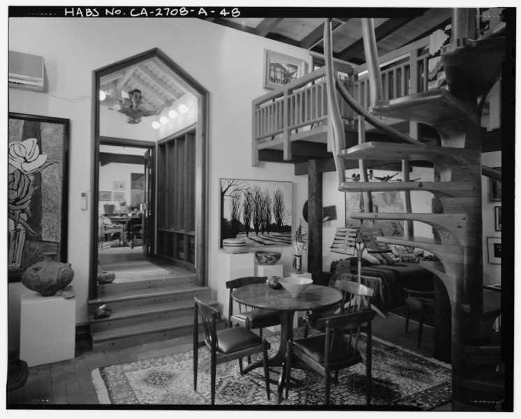 File:Interior main residence gallery detail view, facing northeast. - Sam and Alfreda Maloof Compound, Main Residence and Workshop, 9553 Highland Avenue, Rancho Cucamonga, San HABS CAL,36-RANCU,3A-48.tif