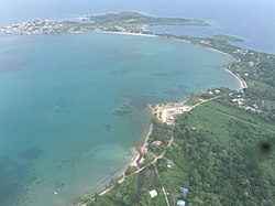 Isla Colón La Mochila.jpg