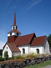 Fil:Järstads kyrka, den 5 juli 2010 (2).JPG