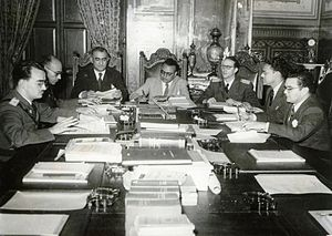 Rómulo Betancourt - Members of the Revolutionary Government Junta, from left to right: Mario Ricardo Vargas, Raúl Leoni, Valmore Rodríguez, Rómulo Betancourt, Carlos Delgado Chalbaud, Edmundo Fernández and Gonzalo Barrios. Miraflores Palace, 1945
