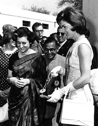 Indira Gandhi - Indira Gandhi with Jacqueline Kennedy in New Delhi, 1962