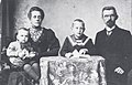Jan-Veldkamp-1868-1946-met gezin.jpg