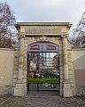 Jardin Villemin @ Paris (23907533349).jpg