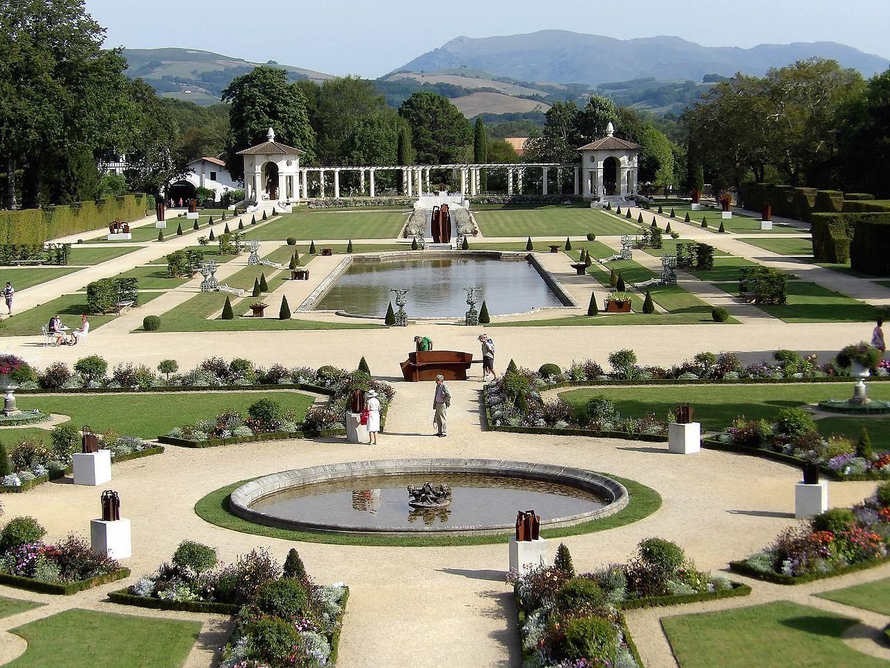 File:Jardin de la maison de Rostand à Combo les bains 01.jpg ...