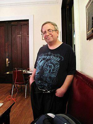 https://upload.wikimedia.org/wikipedia/commons/thumb/1/17/Jay_Bonin_2011.jpg/300px-Jay_Bonin_2011.jpg