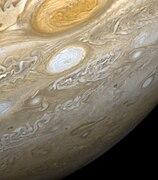 La Granda Ruĝeca Punkto fotita dum la Voyager al 2 fliby de Jupitero
