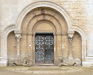 Comacine masters - Lion portal at the monastery church (Kaiserdom) in Königslutter