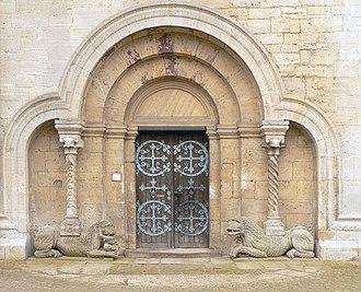 Comacine masters - Lion portal at the monastery church (Kaiserdom) in Königslutter