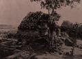KITLV 155210 - Kassian Céphas - South-east side of the Vishnoetempel of Prambanan near Yogyakarta - 1889-1890.tif