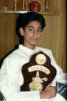 Karunya with his Paaduthaa Theeyagaa trophy.