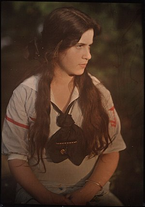 Katherine Stieglitz - Katherine Stieglitz autochrome taken in 1910, when she was 12 years old