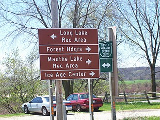 Dundee, Wisconsin - Image: Kettle Moraine Scenic Drive Dundee Wisconsin