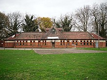 King's Meadow Swimming Pool - geograph.org.uk - 3263503.jpg