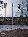 Klebelsberg rezidencia, zászlók és kerékpártároló, 2019 Pesthidegkút-Ófalu.jpg
