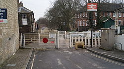 Knaresborough railway station (19th March 2013) 002.JPG