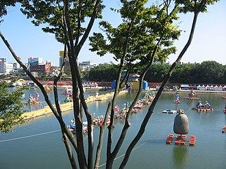 Jinju - Image: Korea Jinju Festival Nam.River 02