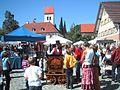 Kunstmarkt Eglofs auf dem Dorfplatz.jpg