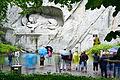 Löwendenkmal tourists.jpg