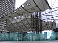 La Défense - Grande Arche - panoramio - stone40.jpg