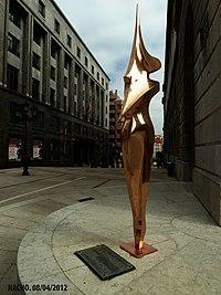 La bailarina (Oviedo) (2).jpg