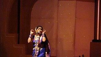Kasta sari - Lavani performance by Smt. Surekha Punekar in a nine-yard kasta sari.