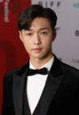 Lay at Busan International Film Festival Opening Ceremony on October 4, 2018 (2).png