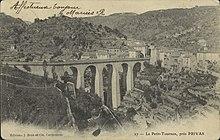 Le-Petit-Tournon, près Privas (34441867611).jpg