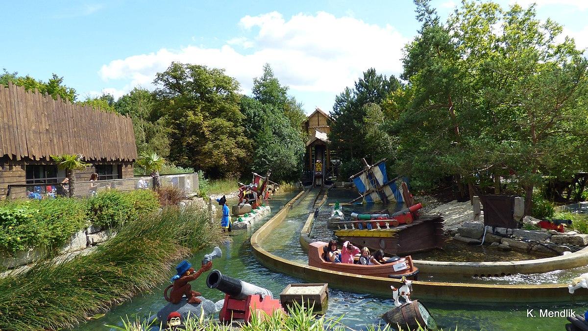 File:Legoland, Windsor, Anglia - panoramio (122).jpg ...
