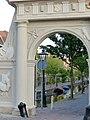 Leiden gate (9037050638).jpg