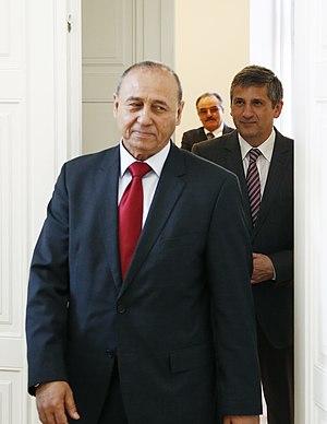 Mohamed Abdelaziz (Libyan politician) - Image: Libyscher Außenminister (8531146228)