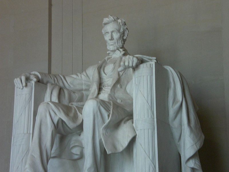 File:Lincoln Memorial Inside.jpg
