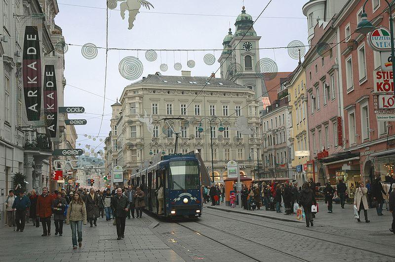 File:Linz Taubenmarkt Nov06.JPG