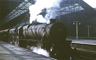 Liverpool Exchange railway station - Liverpool Exchange's departures end on 4 May 1968 showing station structure and roof and the morning express to Glasgow (Central) about to leave for Preston