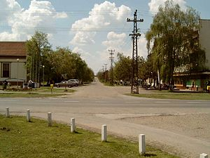 Lovćenac - Image: Lovćenac village, Vojvodina, Serbia, road intersection