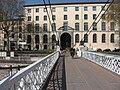 Lycée Ampère et passerelle à Lyon.jpg