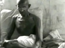 Plik:Mahatma Gandhi first film interview (30 April 1931).webm