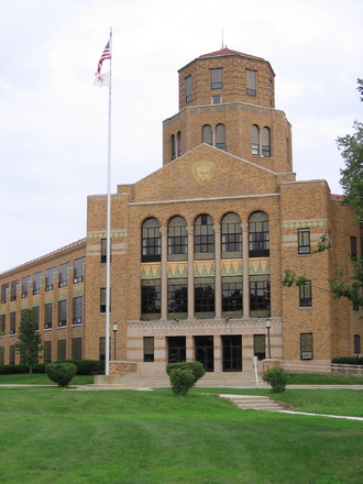 Maine Township High School District 207 - Maine East High School