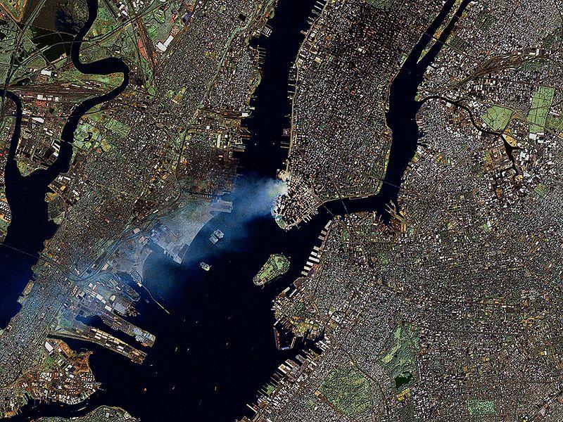Файл:Manhattan on September 12 - Landsat7.jpg