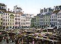 Market Square Warsaw.jpg