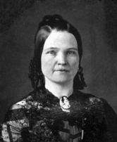 Black and white photo of Mary Todd Lincoln's shoulders and head
