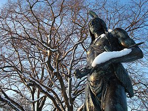 Roger Williams - Statue of Massasoit in Plymouth, overlooking the site of Plymouth Rock